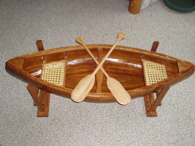 Attirant Canoe Coffee Table